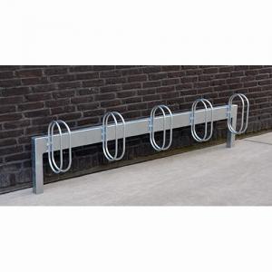 Cykelställ i galvaniserat stål för nedgjutning eller bultning