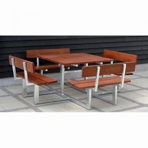 klassiskt-bord-och-bankar-m
